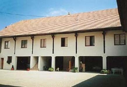 Chez Marie Reine