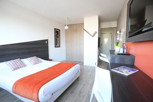 Hotel Pictures: Adonis Paris Sud, Chevilly-Larue