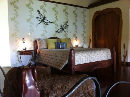 Hotel Pictures: Secrets on the Lake, Montville