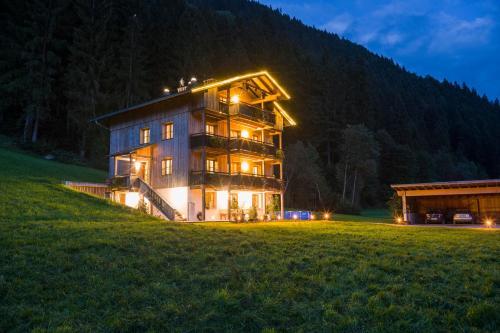 Hotellikuvia: Ferienhaus Bockstecken, Hart im Zillertal