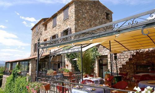Htel - restaurant, aux Arcs-sur-Argens (83)