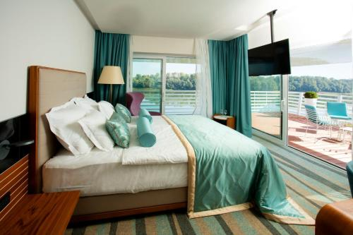 ホテル写真: Hotel Navis, Orašje