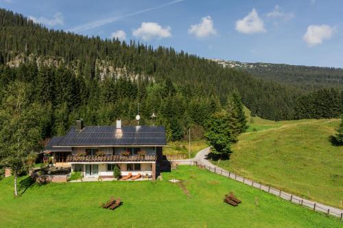 Zdjęcia hotelu: Ferienhaus Küren (Dependance Alpenhotel Küren, Hirschegg