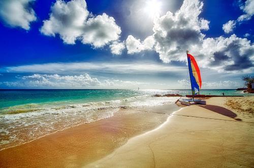 ホテル写真: Sea Breeze Beach Hotel All Inclusive, クライストチャーチ