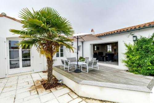 Hotel Pictures: Pleasant family home near the beach, La Couarde-sur-Mer