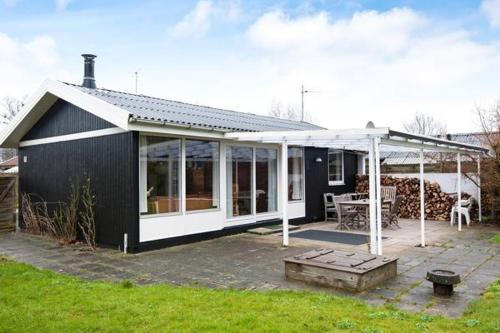 Hotel Pictures: Holiday Home St. Strandhave, Binderup Strand