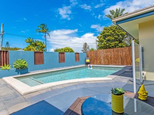 Fotografie hotelů: Coolum Waves Pet Friendly Holiday House, Coolum Beach