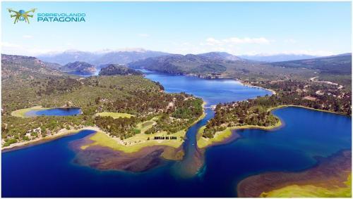 Hotellikuvia: Cabañas Brillo De Luna Eco-Lodge, Villa Pehuenia