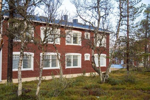 Hotel Pictures: Apartments Rautulampi, Saariselka