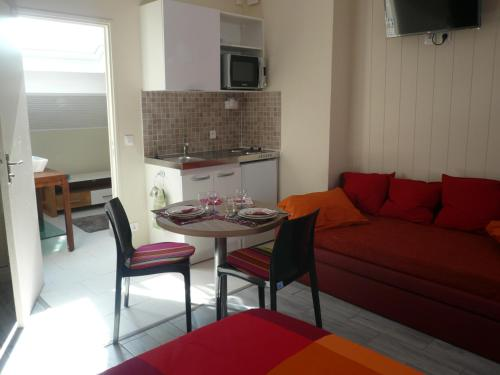 Hotel Pictures: , Meulan