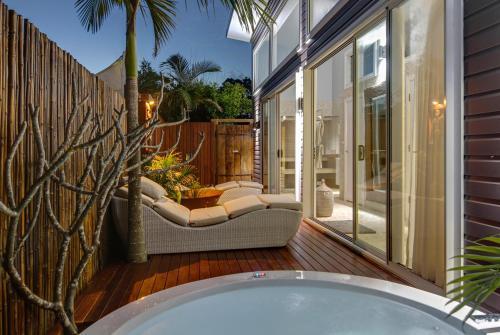 Фотографии отеля: Bathhouse Suites Newrybar, Newrybar