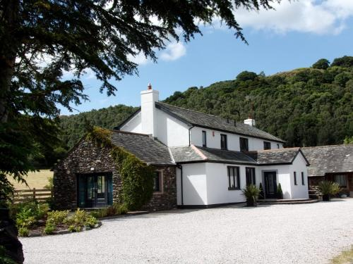 Hotel Pictures: Knotts Mill Country Lodge, Watermillock