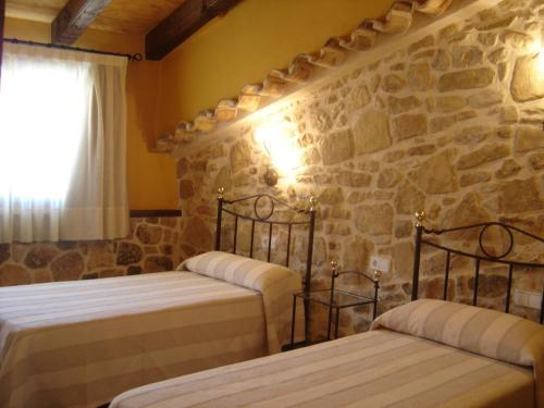 Hotel Pictures: Hostal Casa Laure y Mª Jose, Arens de Lledó