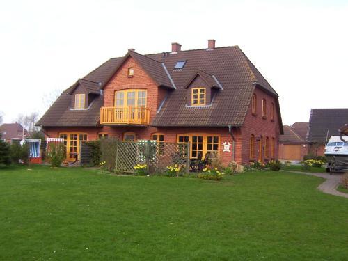 Hotel Pictures: Landhaus Meggers, Vollerwiek