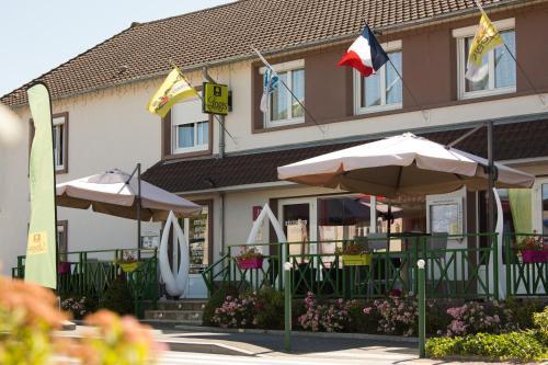 Hotel Pictures: Hostellerie du Centrotel et Spa, Montmarault