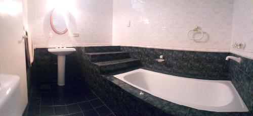 Hotellbilder: Alojamiento 12, La Plata