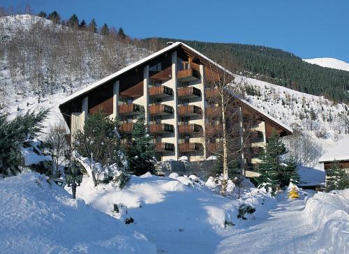 Hotel Pictures: Catrina Resort, Disentis