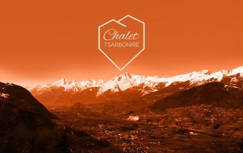 Hotel Pictures: Chalet Tsarbonire, Chalais