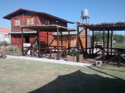 Fotos de l'hotel: Apartamentos y Hostal Los Horneros, Gualeguaychú