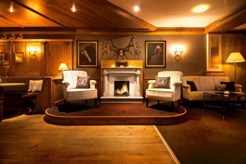 Hotel Pictures: Landromantik Wellnesshotel Oswald, Kaikenried