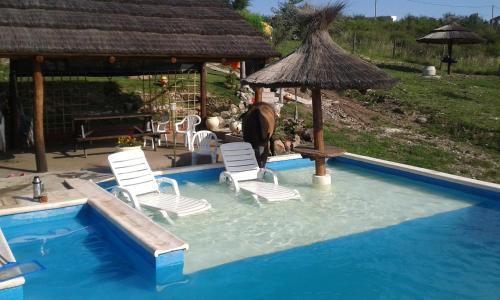Hotel Pictures: Cabañas Alma de Montaña, Villa Parque Siquiman