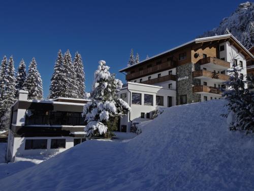 Foto Hotel: Hotel Silvretta Gargellen, Gargellen