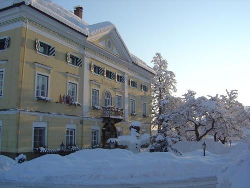 Hotelbilleder: Biedermeier Schlössl Lerchenhof, Hermagor
