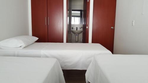 Hotel Pictures: Posada Casa España, Floridablanca