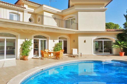 Hotel Pictures: Villa Alisa - Santa Ponsa, Santa Ponsa