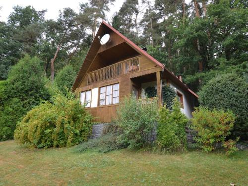 Hotel Pictures: Holiday home Nov, Dobronice
