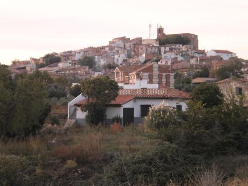 Hotel Pictures: Apartamento Turistico Los Olivos, Grávalos