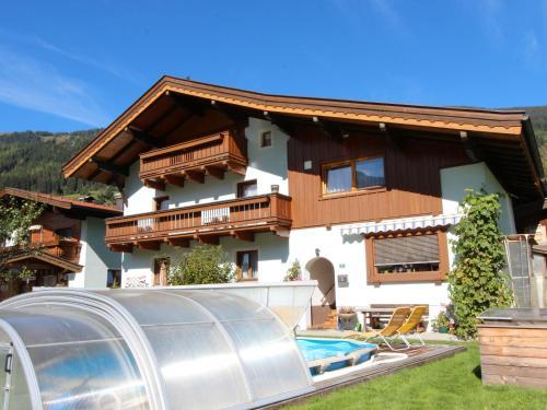 Hotelbilleder: Holiday home Haus Gandler, Bramberg am Wildkogel