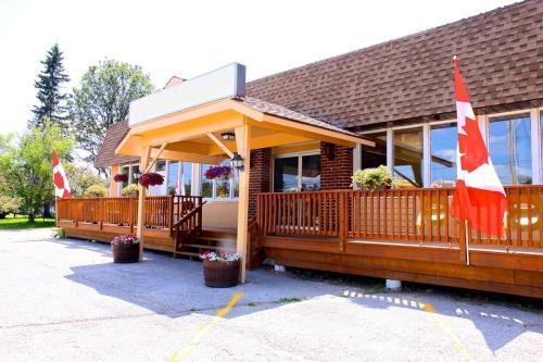 Hotel Pictures: Mazinaw Residence Inn, Cloyne