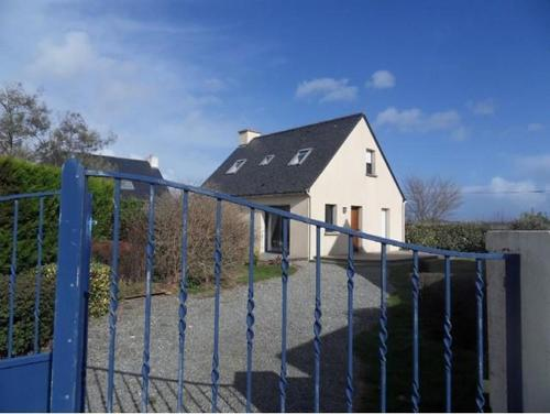Hotel Pictures: Holiday Home Janig, Guidel-Plage