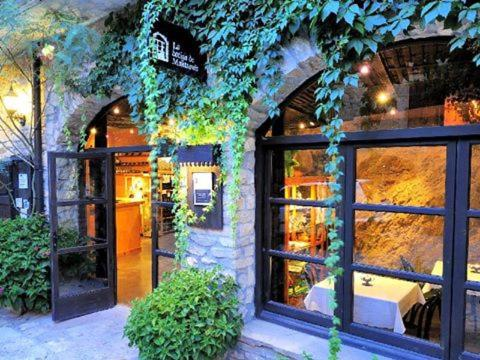 Hotel Pictures: , Montsonis