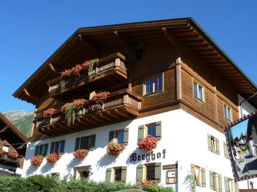Foto Hotel: Berghof, Berwang