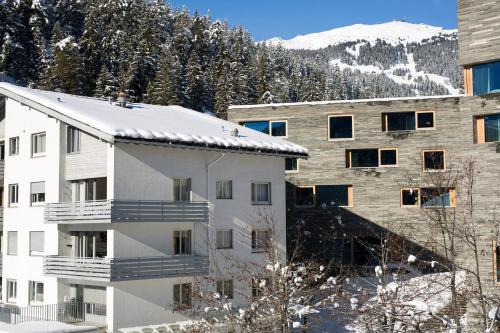 Hotel Pictures: Casa Prima App. 2A, Laax