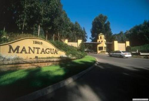 Hotel Pictures: Alto Mantagua Apartment, Quintero