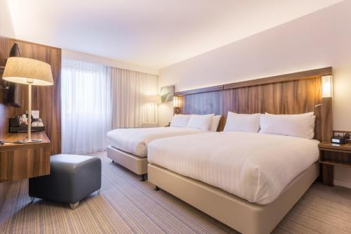 Hotel Pictures: Courtyard by Marriott Glasgow Airport, Paisley