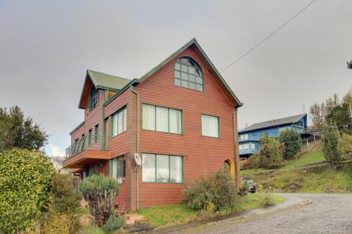 Hotel Pictures: Lost in Nature, Puerto Varas