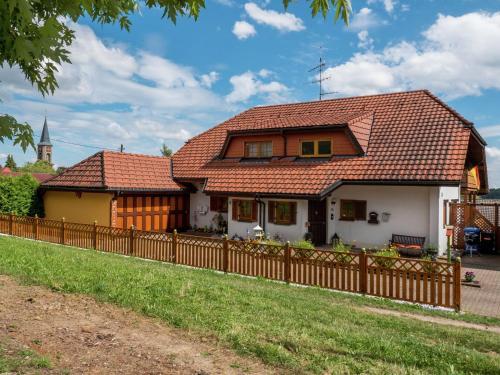 Hotel Pictures: Haus Melanie, Berau