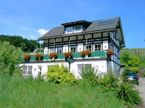 Hotel Pictures: Im Hennegrund, Schmallenberg