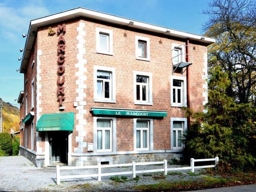 Hotellikuvia: , Marcourt