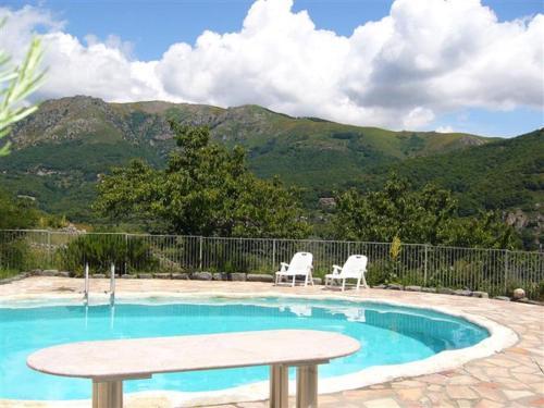 Hotel Pictures: Vue Panoramique 2, Saint-Pierre-de-Colombier