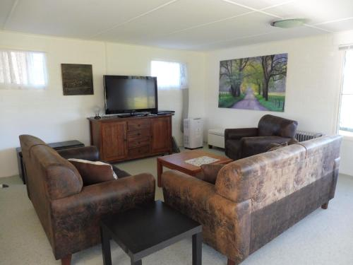 Hotel Pictures: Lorne Valley Farm Stay NSW, Lorne