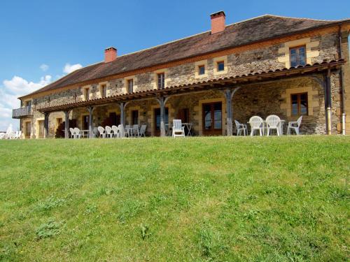 Hotel Pictures: Grange La Guichardie I, Saint-Médard-d'Excideuil