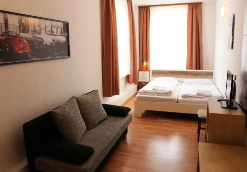 Hotel Pictures: , Wahrenholz