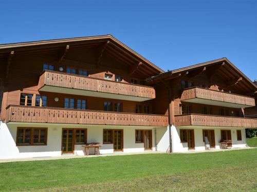 Hotel Pictures: Jacqueline 21, Gstaad