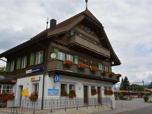 Hotel Pictures: Am Dorfplatz, Saanenmöser