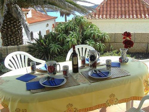 Hotel Pictures: Bungalow el Poris de Abona B, Poris de Abona